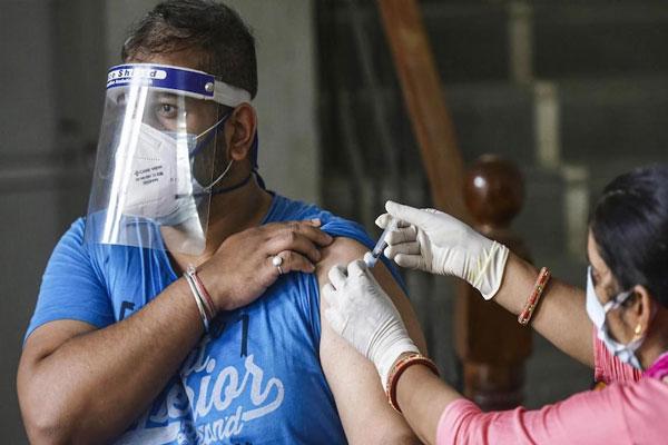 फर्जी वैक्सीन मामले में 4 आरोपी गिरफ्तार